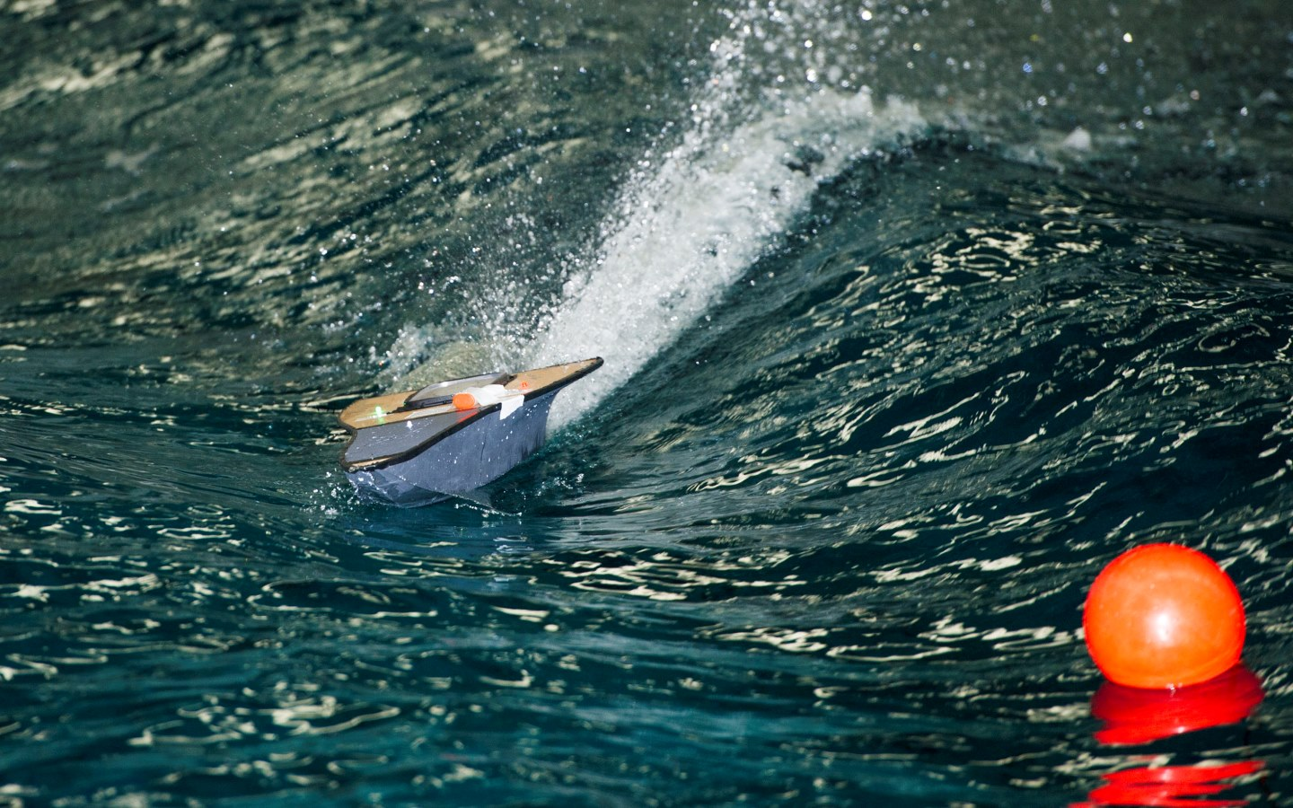 Boat race in Ocean Basin for Industry Powerboat Challenge
