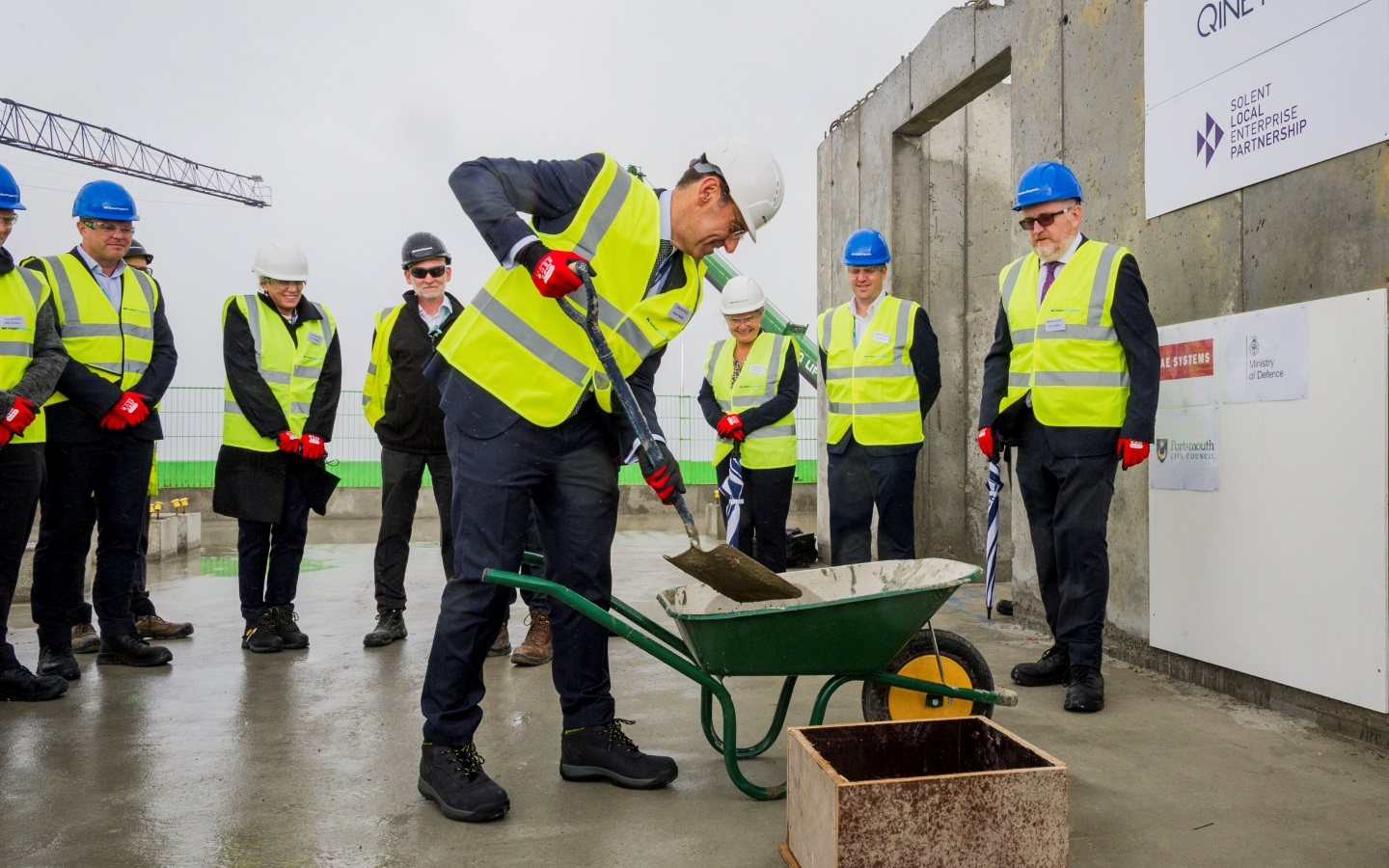 'Topping out' ceremony marks milestone in the development of Portsdown Technology Park